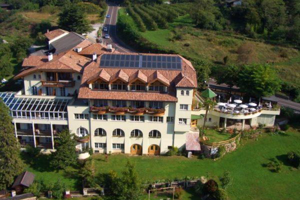 hotel_tenz_2_20120601_1311081288
