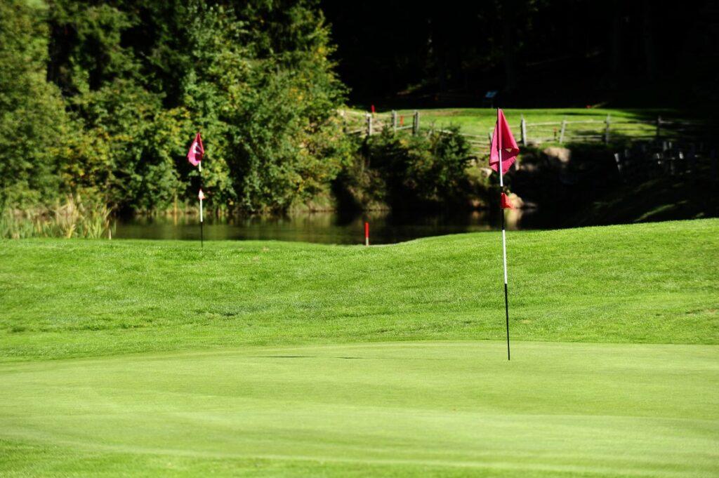Golfclub Petersberg Green 1 17 Mittel