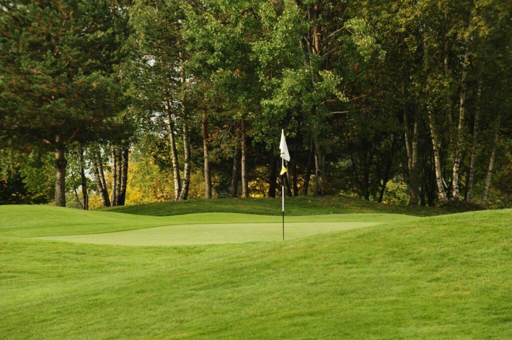 Golfclub Petersberg Green 1 Mittel