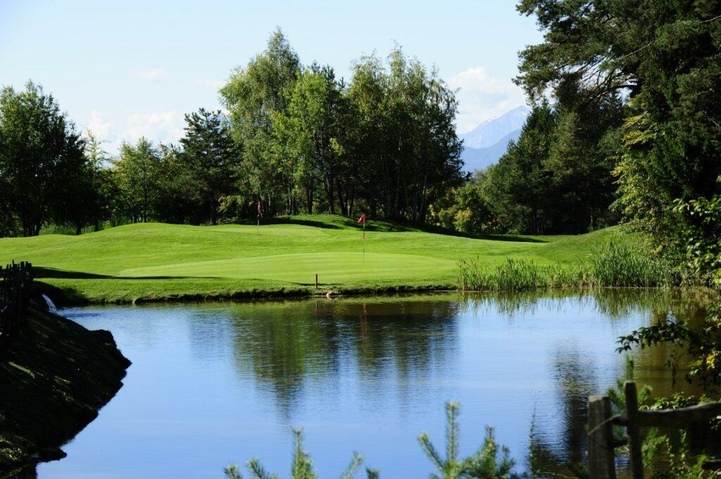 Golfclub Petersberg Green 17 2 Mittel