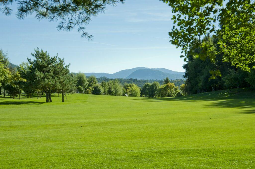 Golfclub Petersberg Hole 1 Mittel