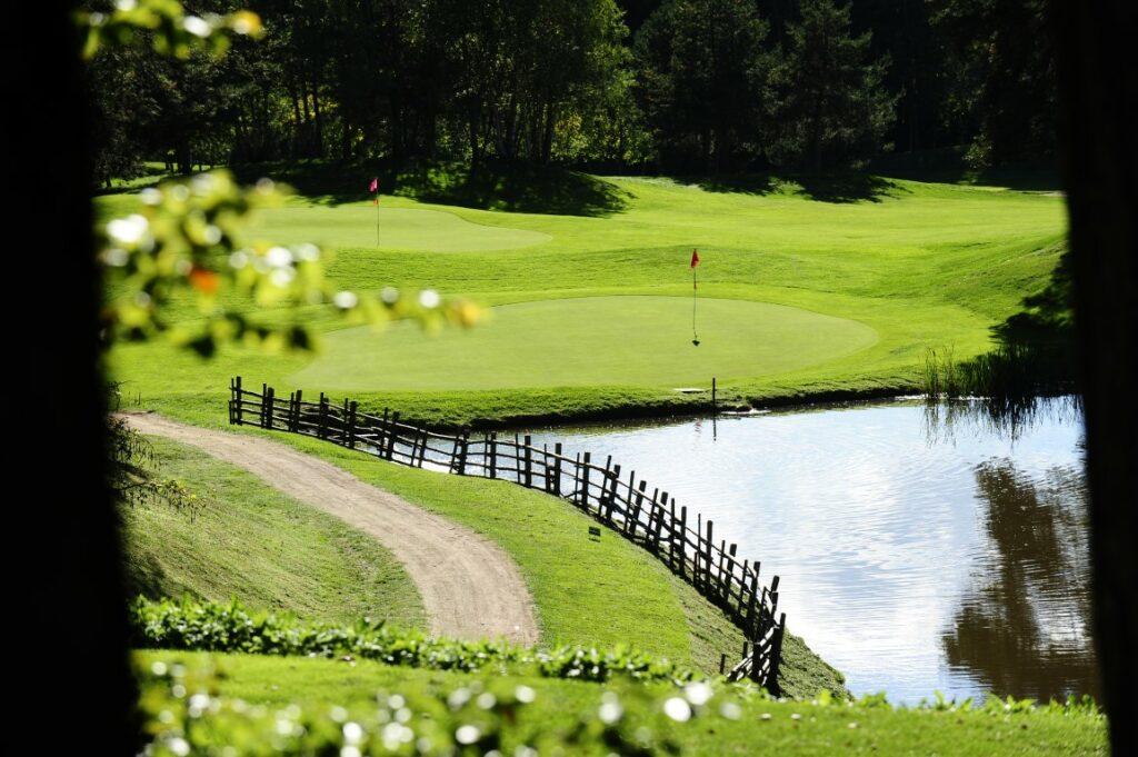 Golfclub Petersberg Hole 17 2 Mittel