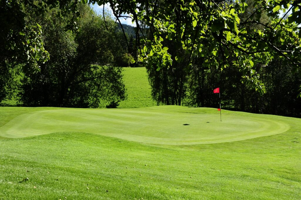 Golfclub Petersberg Hole 9 Mittel