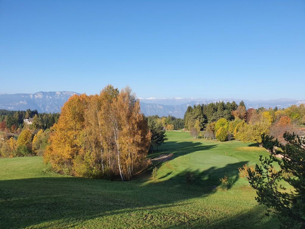 Golfclub Petersberg Hole 9 from Tee 10 Mittel