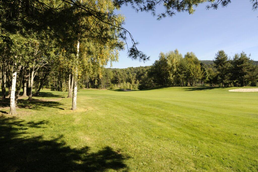Golfclub Petersberg Loch 1 Mittel