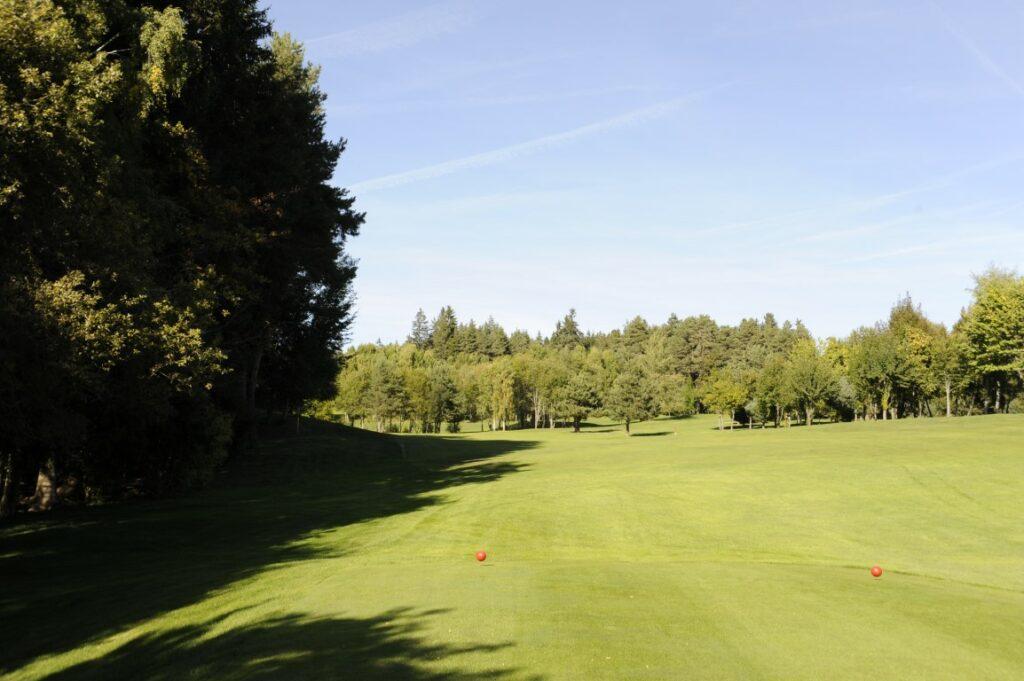 Golfclub Petersberg Tee 1 2 Mittel