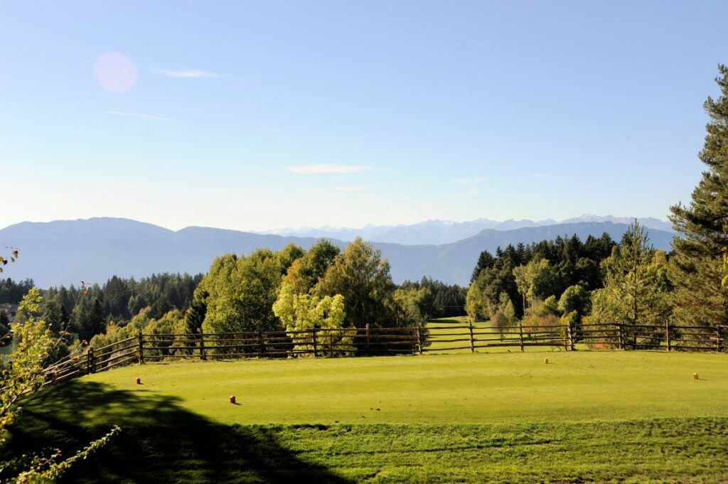 Golfclub Petersberg Tee 10 3 Mittel
