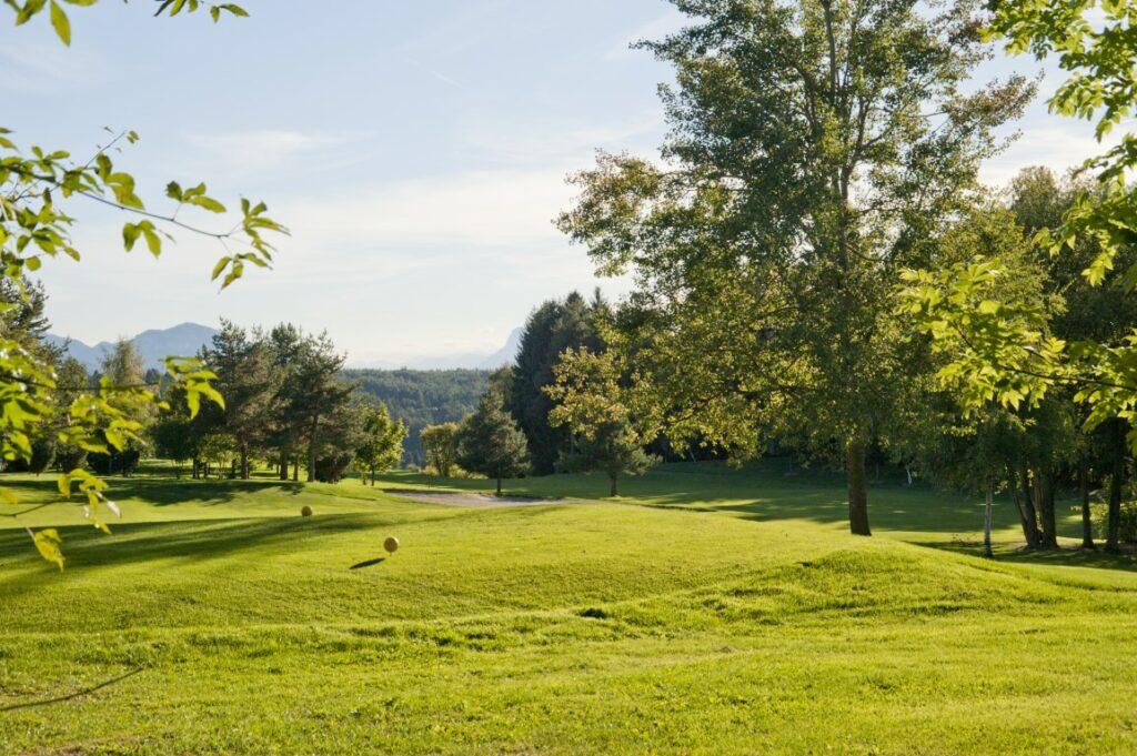 Golfclub Petersberg Tee 2 Mittel